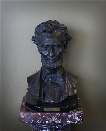 Lincoln Bust, Bissell, bronze